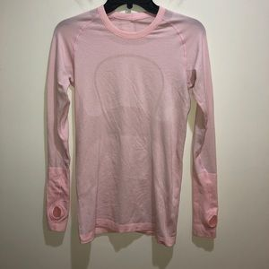 Lululemon Size 6 Swiftly Tech Long Sleeve Crew